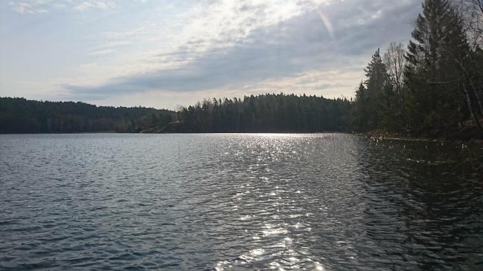solig sjö